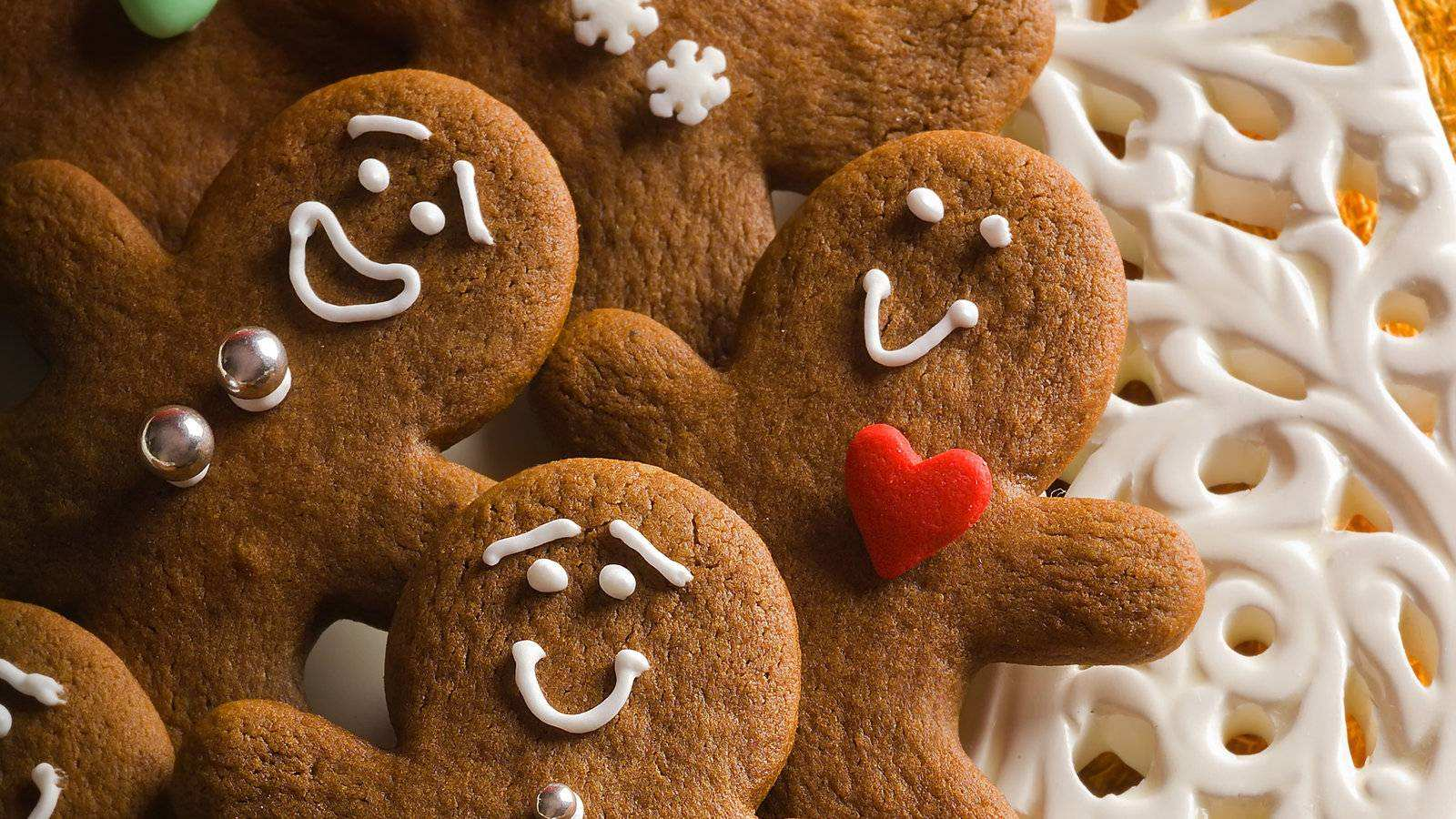 Gienger Bad Gingerbread Cookies Recipe Nyt Cooking